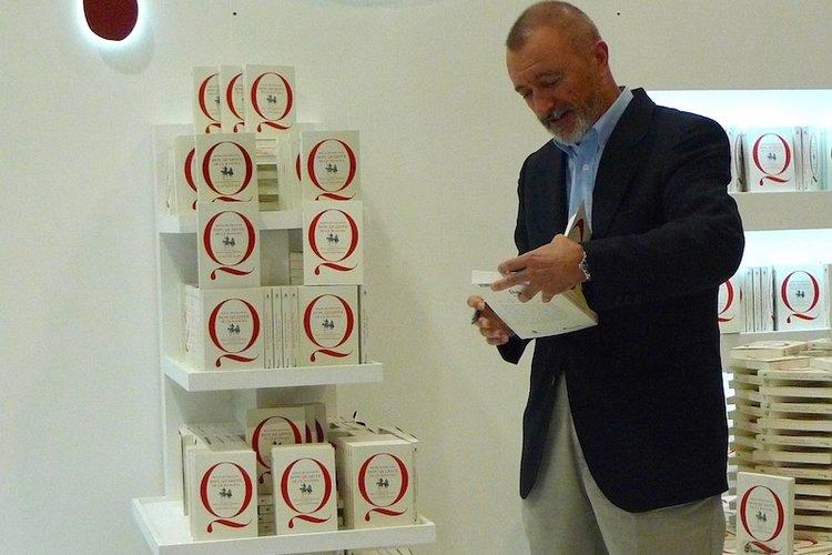 """O escritor espanhol Artur Pérez-Reverte, que lançou o """"Quixote"""" em Guadalajara"""