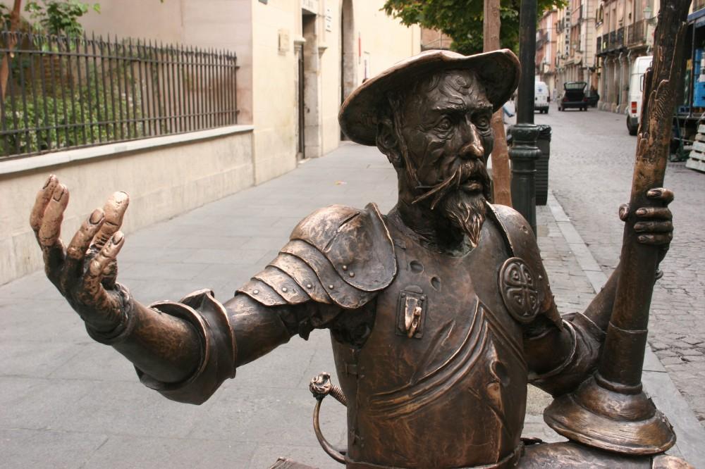 Estátua de Dom Quixote, em Alcalá de Henares, na Espanha