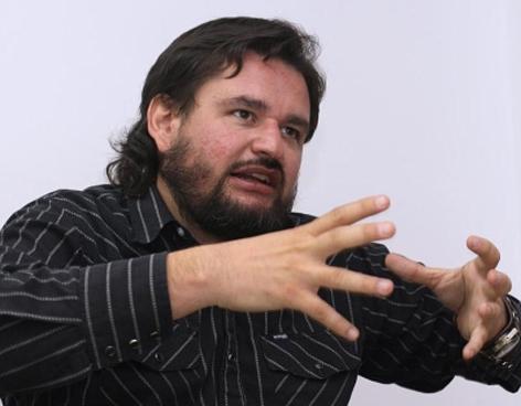 O escritor e jornalista DIego Enrique Osorno (Foto Divulgação)