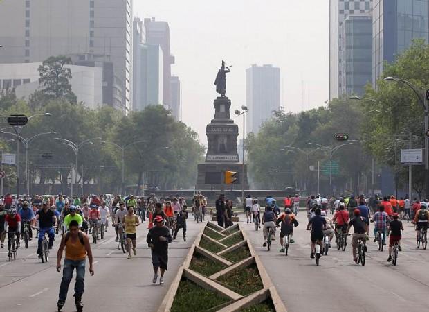 O Paseo de la Reforma, principal avenida da capital mexicana (Foto Reforma)