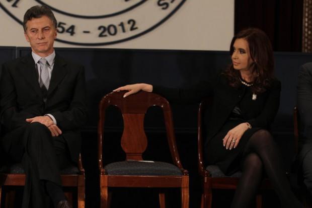 Macri e Cristina, em um evento de 2012 (Foto Clarín)