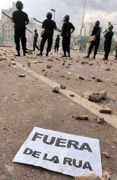 Manifestações tomam centro de Buenos Aires (Foto Reuters)