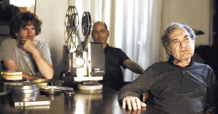 O escritor Ricardo Piglia (á frente) e o diretor Andrés Di Tella (Foto Divulgação)