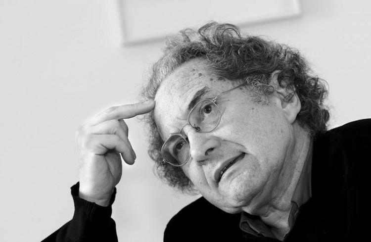 O escritor argentino Ricardo Piglia (Foto Divulgação)