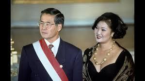 Alberto Fujimori e a filha, que passou a ser a primeira-dama do país após o divórcio dos pais (Foto Em Comércio)