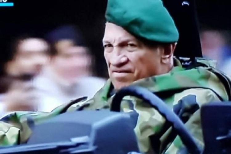 O ex-militar Aldo Rico, que combateu nas Malvinas e participou de tentativa de golpe contra Raúl Alfonsín (Foto Clarín)