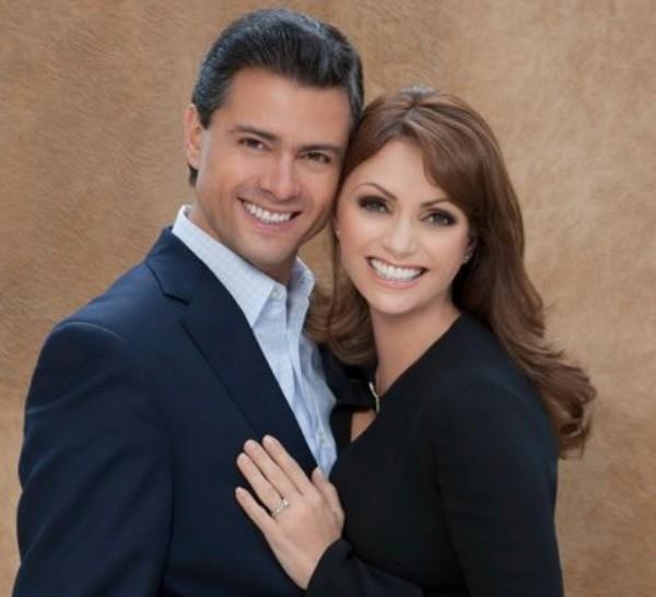 Enrique Peña Nieto e a mulher, Angélica Rivera (Foto AP)