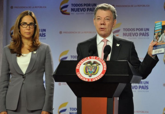 O presidente Juan Manuel Santos apoia a ministra Parody (Foto Reuters)