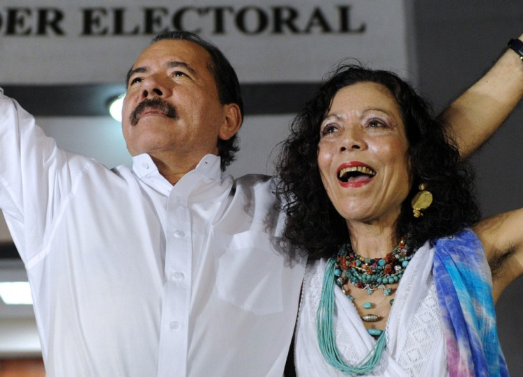 Daniel Ortega e a mulher, Rosario Murillo, chapa que concorre nas eleições de novembro (Foto Divulgação)