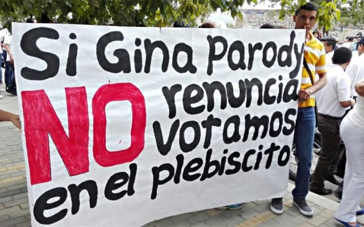 """Marcha pelo """"não"""" e contra a ministra homossexual Gina Parody (Foto El Espectador)"""