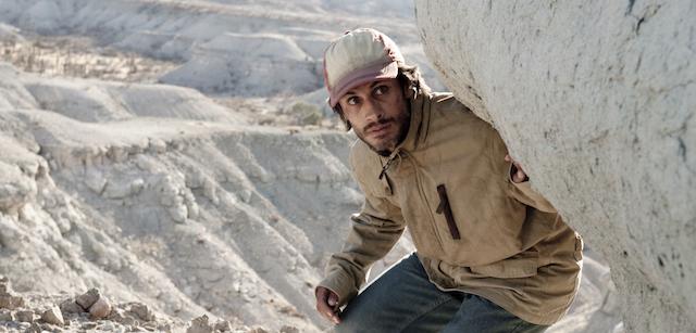 """Gael García Bernal em cena de """"Desierto"""" (Foto Divulgação)"""