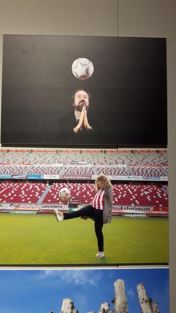 Juan Villoro e Gioconda Belli, em sua homenagem ao futebol (Foto Sylvia Colombo)