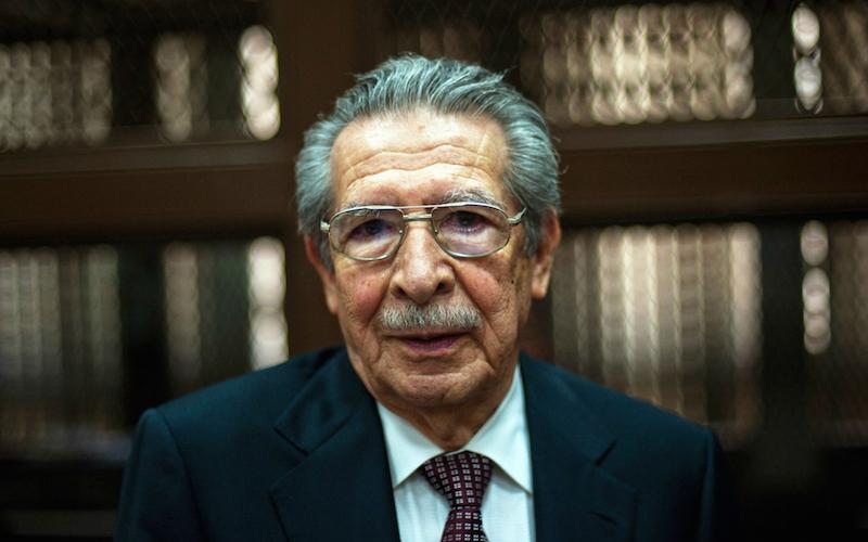 Morre ex-ditador da Guatemala julgado por genocídio